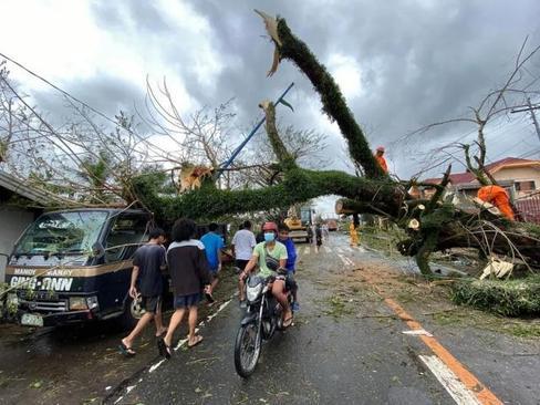 صدمات عظیم توفان