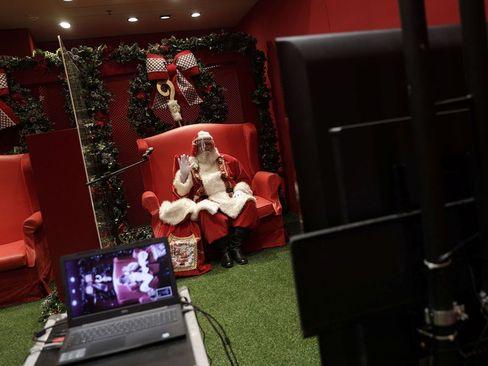 ملاقات مجازی کودکان با بابانوئل در ریودوژانیرو برزیل/ رویترز