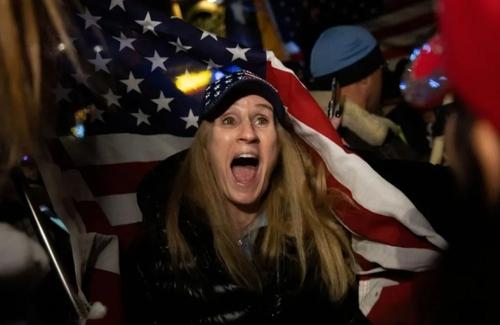 تظاهرات علیه محدودیتهای کرونایی در شهر نیویورک آمریکا/ رویترز