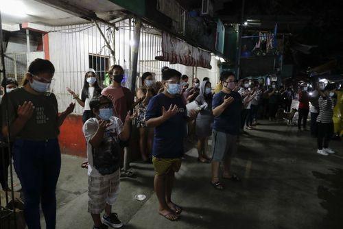 مراسم دعا مسیحیان کاتولیک فیلیپین برای پایان همهگیری ویروس کرونا/ آسوشیتدپرس