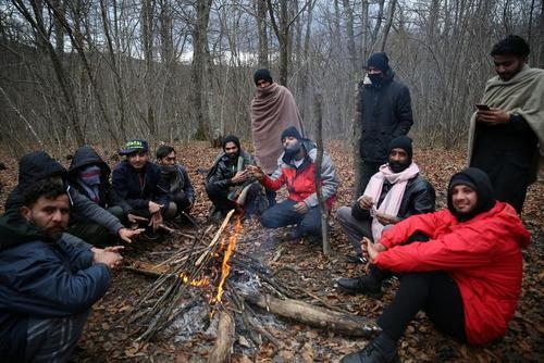 پناهجویان در سرما در منطقه