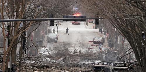 محل انفجار مهیب خودروی بمبگذاری شده در شهر نشویل مرکز ایالت تنسی آمریکا/ آسوشیتدپرس