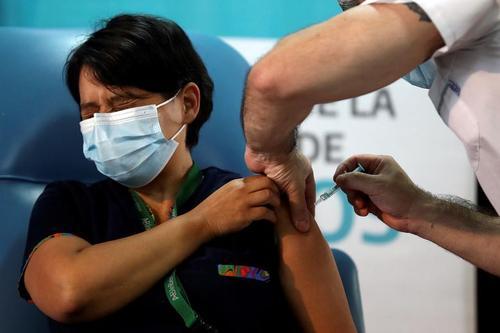 واکسیناسیون سراسری کرونا با واکسن روسی