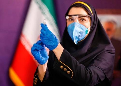 آغاز فاز نخست تست انسانی واکسن کرونای ایرانی/ خبرگزاری فرانسه