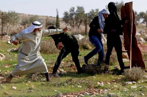 تظاهرات ضداسراییلی فلسطینیها در کرانه باختری/ رویترز