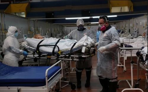 تبدیل باشگاه ورزشی به بیمارستان بیماران کرونایی در شهر