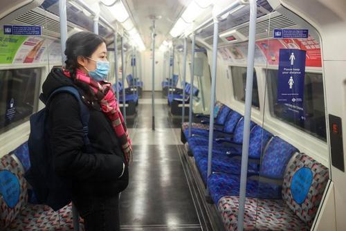 خلوتی مترو لندن در روزهای قرنطینه سراسری بریتانیا/ رویترز