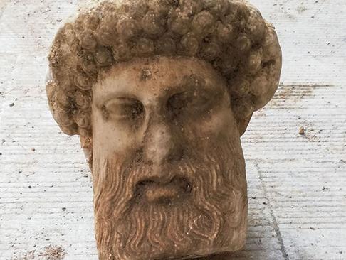 سر هرمس، خدای یونان در آتن