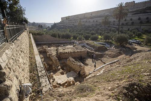 ویرانههای حمام آیینی و کلیسا به قدمت ۲۰۰۰ سال در اورشلیم