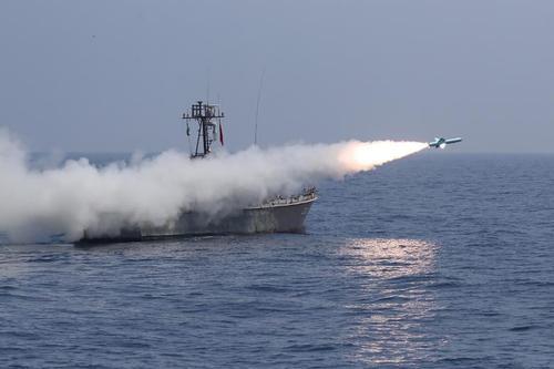 رزمایش نیروی دریایی ارتش جمهوری اسلامی ایران در دریای عمان/ وانا