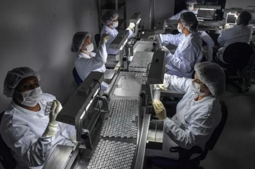خط تولید واکسن کرونا در سائوپائولو برزیل/ خبرگزاری فرانسه