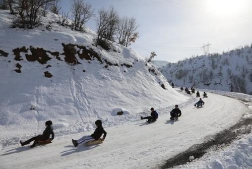 بازی در کوهستان برفی/ ترکیه/ خبرگزاری آناتولی