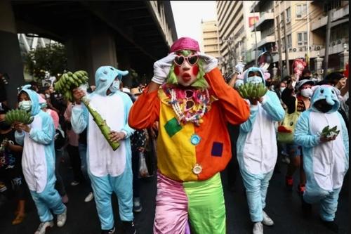 تظاهرات برضد فساد پلیس و دولت تایلند در شهر بانکوک/ خبرگزاری فرانسه