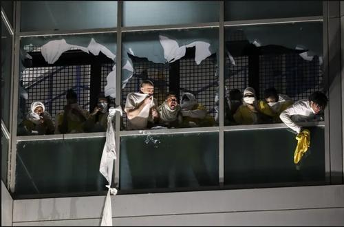 شورش زندانیان شهر سنت لوییس در ایالت میسوری آمریکا/ آسوشیتدپرس