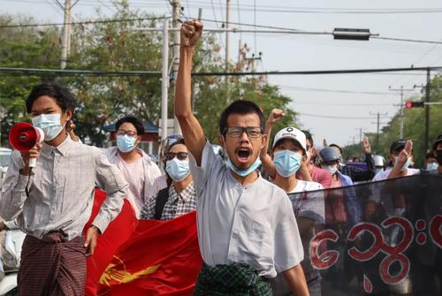 تظاهرات بر ضد کودتای نظامی ارتش در شهر