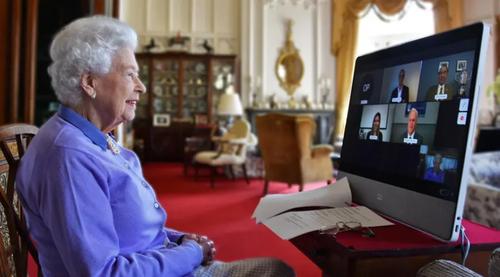 ارتباط زنده ویدئویی ملکه بریتانیا از قلعه ویندزور/ گتی ایمجز