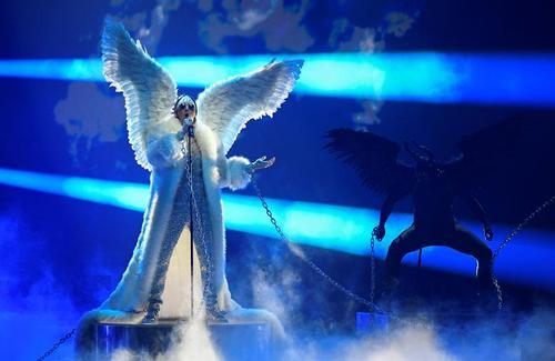 اجرای برنامه گروه نروژی در مسابقات یوروویژن در هلند/ رویترز
