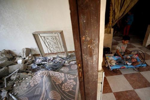 خانه ای آسیب دیده از جنگ در منطقه بیت حانون غزه/ رویترز
