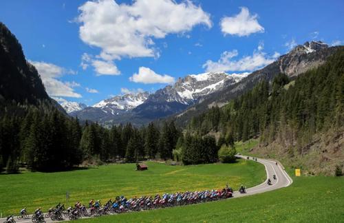 مسابقات تور دوچرخه سواری ایتالیا/ خبرگزاری فرانسه