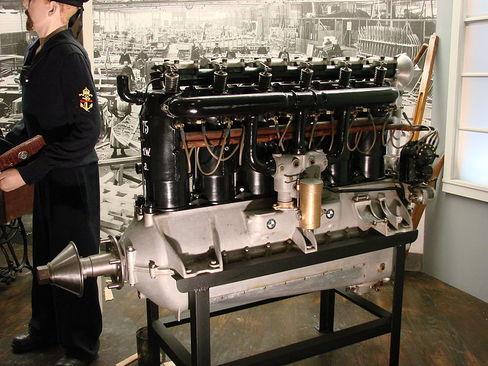 موتور ب ام و ۳آ