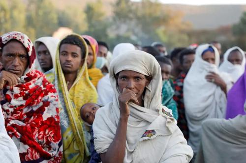 توزیع غذا رایگان بین آوارگان جنگ داخلی در اتیوپی/ رویترز