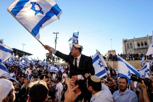 برگزاری راهپیمایی پرچم یهودیان افراطی در شهر قدس و اعتراضات فلسطینی ها به این اقدام تحریک آمیز/ رویترز