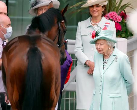 کسب جایگاه دوم اسب ملکه بریتانیا در مسابقات سلطنتی اسب سواری/ گتی ایمجز