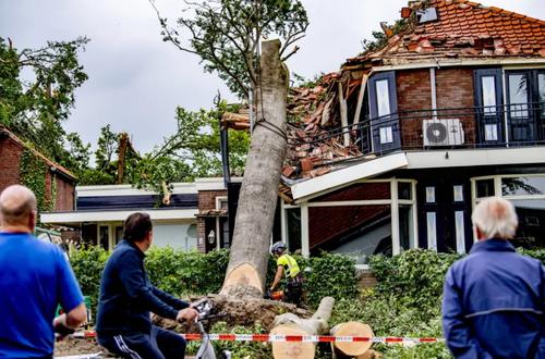 توفان و سیلاب در هلند/ گاردین