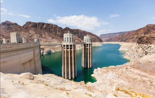 تاثیر خشکسالی در کاهش منابع آبی سد