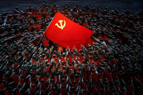 جشن صدسالگی تاسیس حزب کمونیست چین در استادیوم ملی شهر پکن/ رویترز