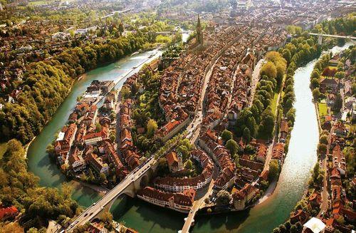 نمای هوایی زیبا از شهر برن، سوئیس