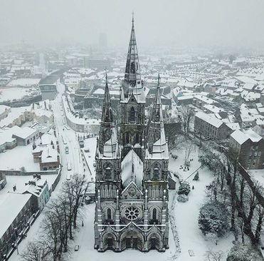یک روز برفی در شهر کورک، ایرلند