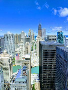 نمایی زیبا از شهر شیکاگو، آمریکا