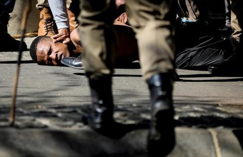 دستگیری حامیان معترض