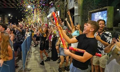 جشن پایان محدودیت های کرونایی در بریتانیا/ VCG
