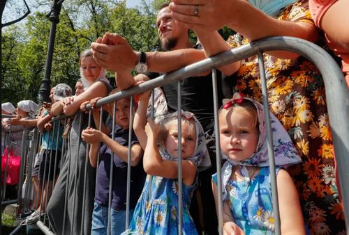 مراسم هزاروسی و سه امین سالگرد ارتدوکس شدن مسیحیت اوکراین در شهر کی یف/ EPA