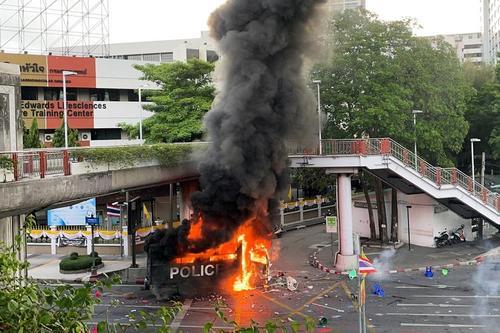 تظاهرات در شهر بانکوک تایلند در اعتراض به سوء مدیریت حکومت در مهار ویروس کرونا/ رویترز