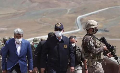 بازدید وزیر دفاع ترکیه از دیوار مرزی با ایران/عکسها: خبرگزاری آناتولی