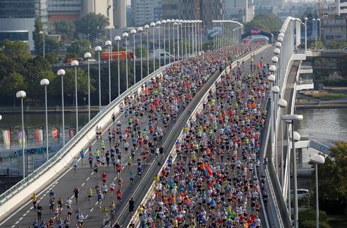 مسابقه دو ماراتون در شهر وین اتریش/ رویترز