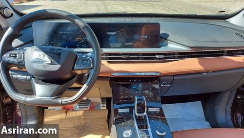 با ورود به داخل تیگو ۸ پرو و مشاهده داشبورد آن، با نمایی کاملاً متفاوت از خودروهای موجود بازار مواجه میشوید.