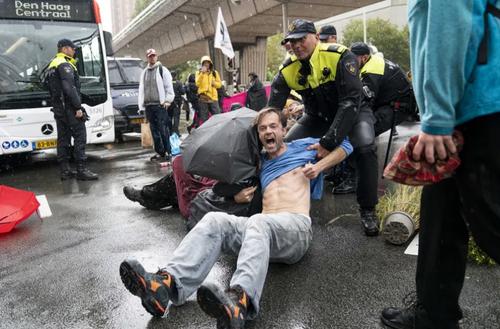 تظاهرات فعالان محیط زیستی موسوم به جنبش