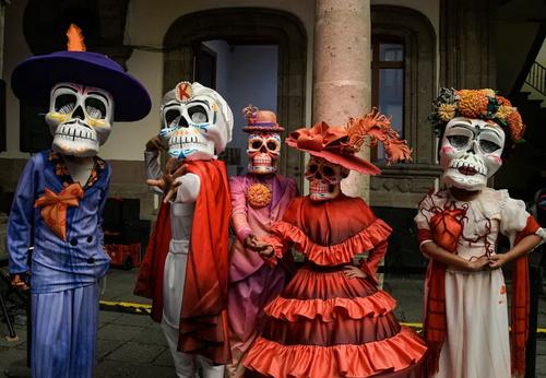 رژه روز جهانی مردگان در شهر مکزیکوسیتی/ شاتر استوک